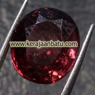 Batu Permata Garnet Ungu