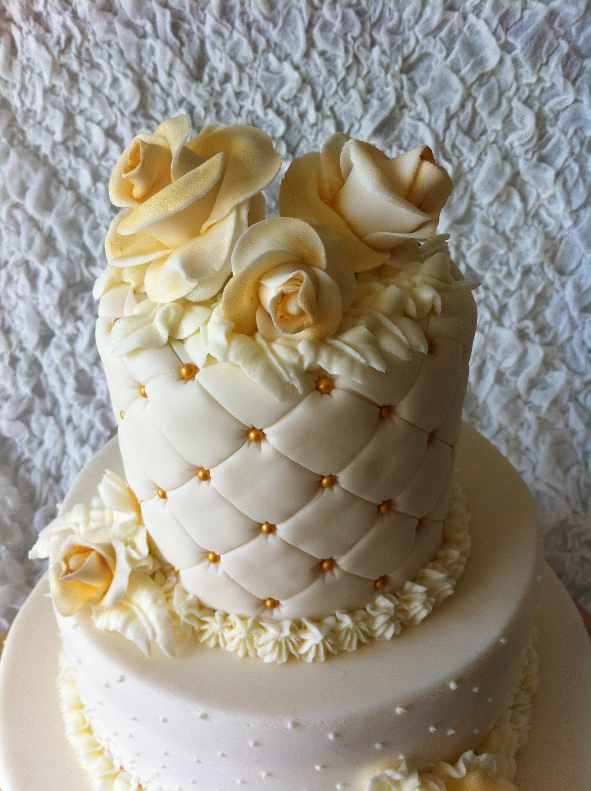 GOLD & WHITE WEDDING CAKE-by Red Carpet Cake Design® | Red Carpet ...