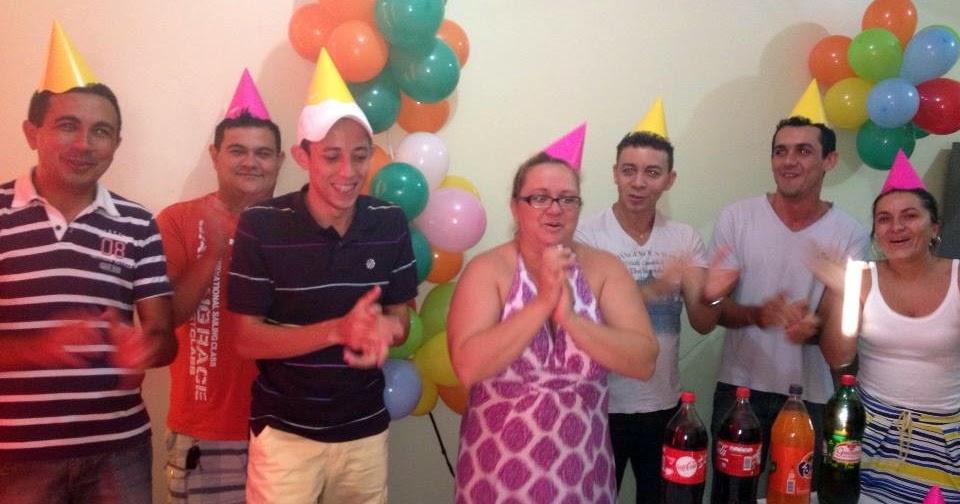 Adriana Suaid ganhou festa surpresa e antecipada de aniversário