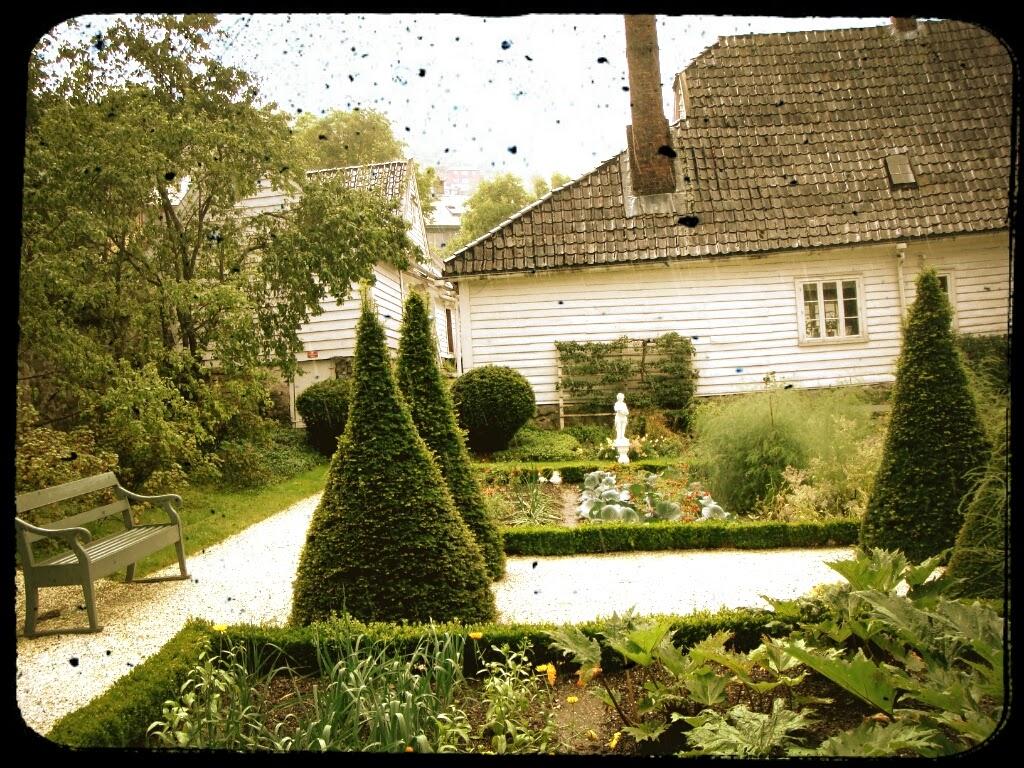 Bergen, Damsgaard Manor