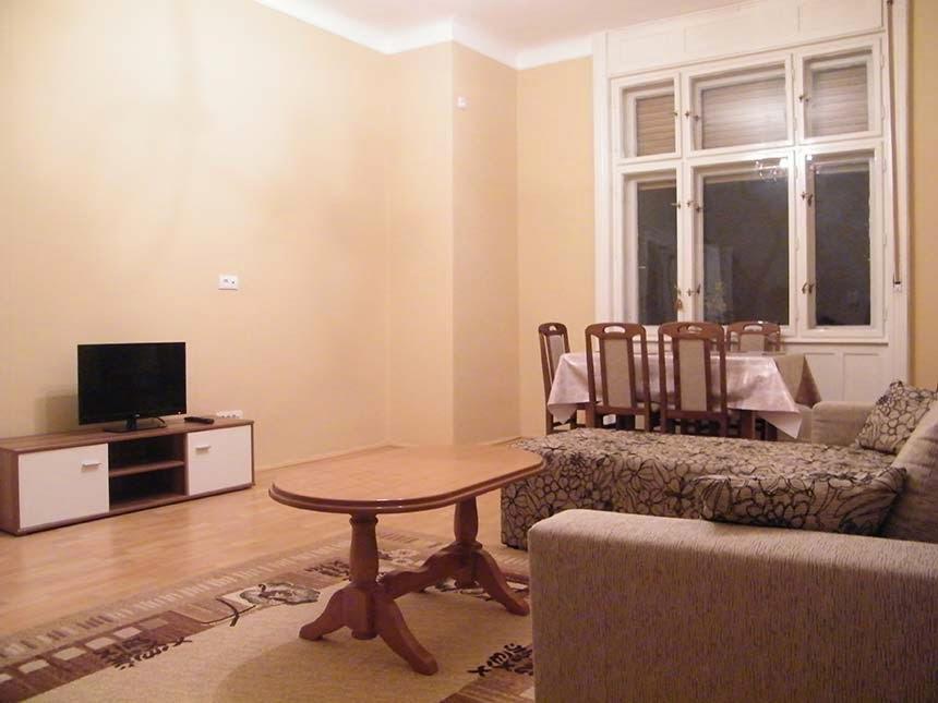 Korzo Apartmani, privatni smeštaj, Subotica