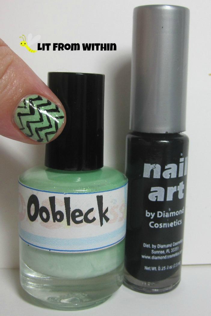Bottle shot:  LynBDesigns Oobleck, and a black striper.
