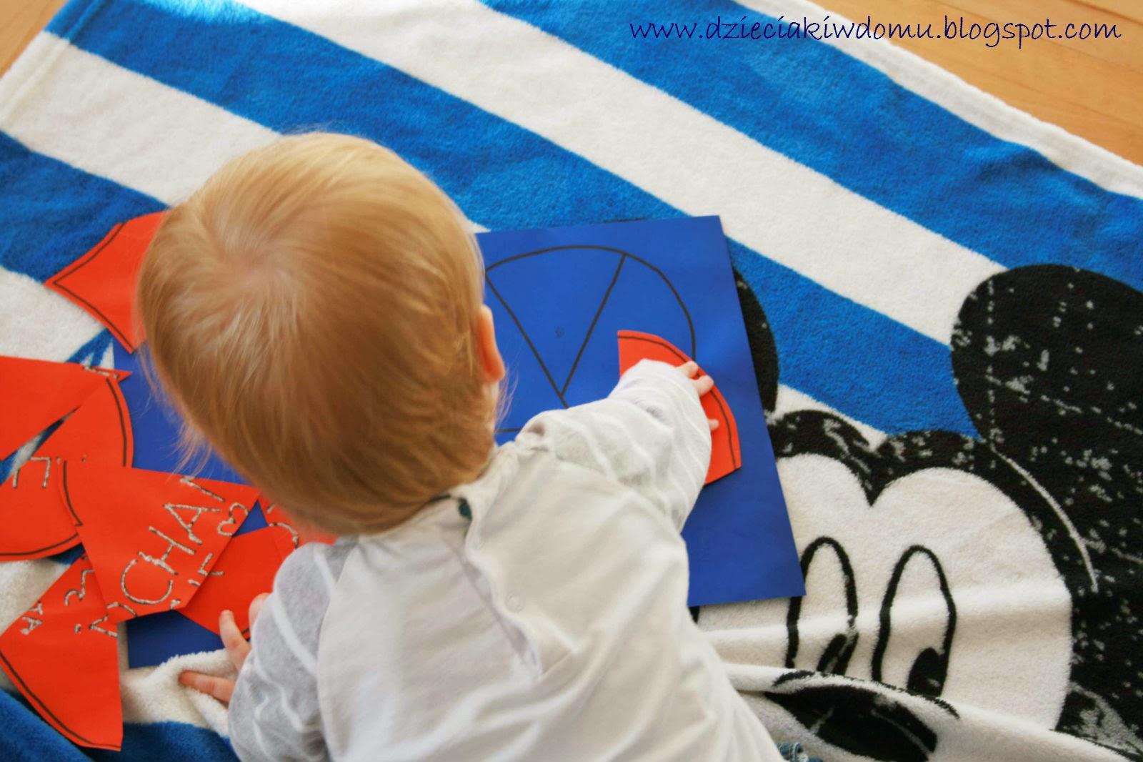 kreatywna walentynkowa zabawa z dziećmi, puzzle, układanie obrazka z kilku części, ćwiczenie percepcji wzrokowej