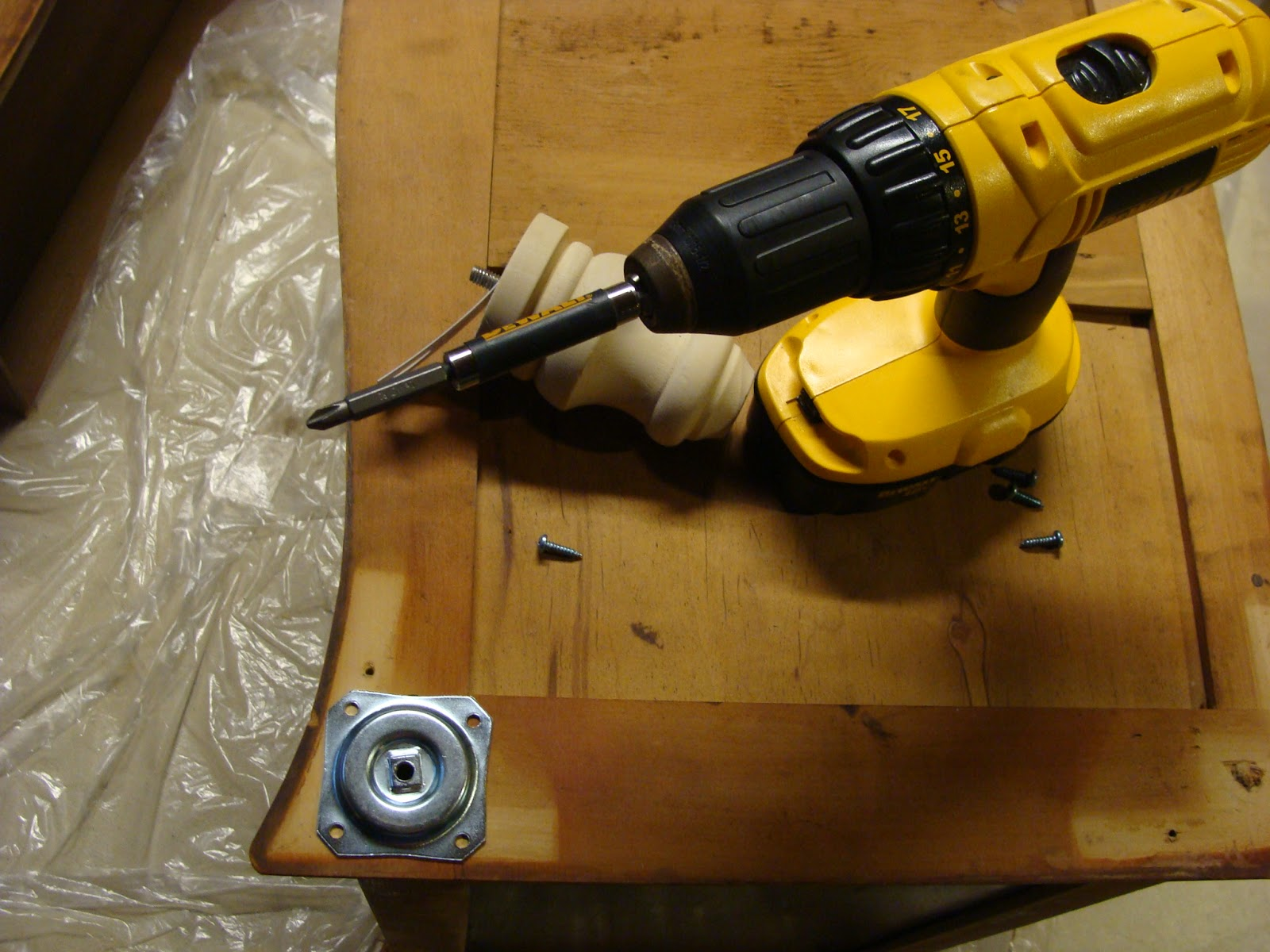 Furniture Legs Bun Feet fabtwigs: tutorial: how to install bun feet/legs on your furniture