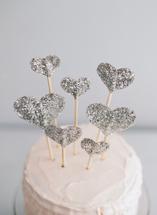 the paper pony how to make a glitter heart cake topper