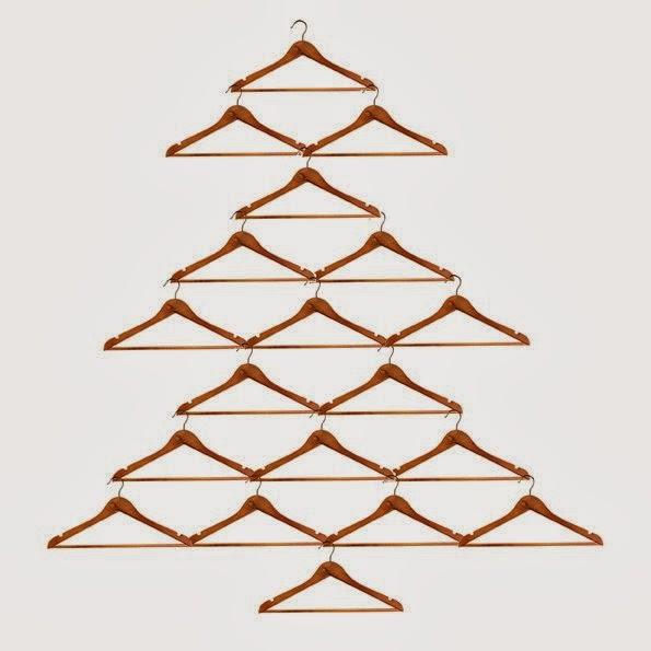 10 id es pour un no l minimaliste blog d co mydecolab - Comment faire un sapin en bois ...