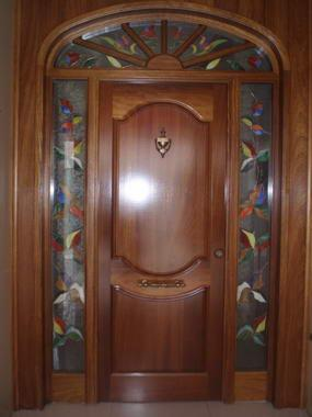Puertas para casa de fierro affordable caracol en caracol for Puertas y ventanas usadas en rosario