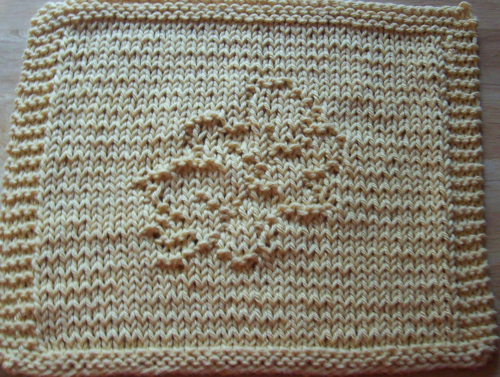 DigKnitty Designs: Leaves Set of Three Knit Dishcloth Patterns