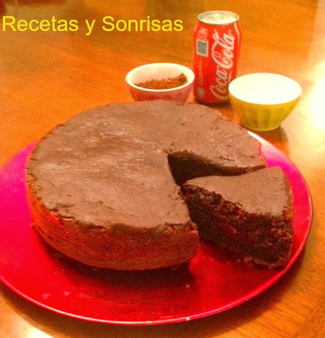 BIZCOCHO DE CHOCOLATE Y COCA-COLA