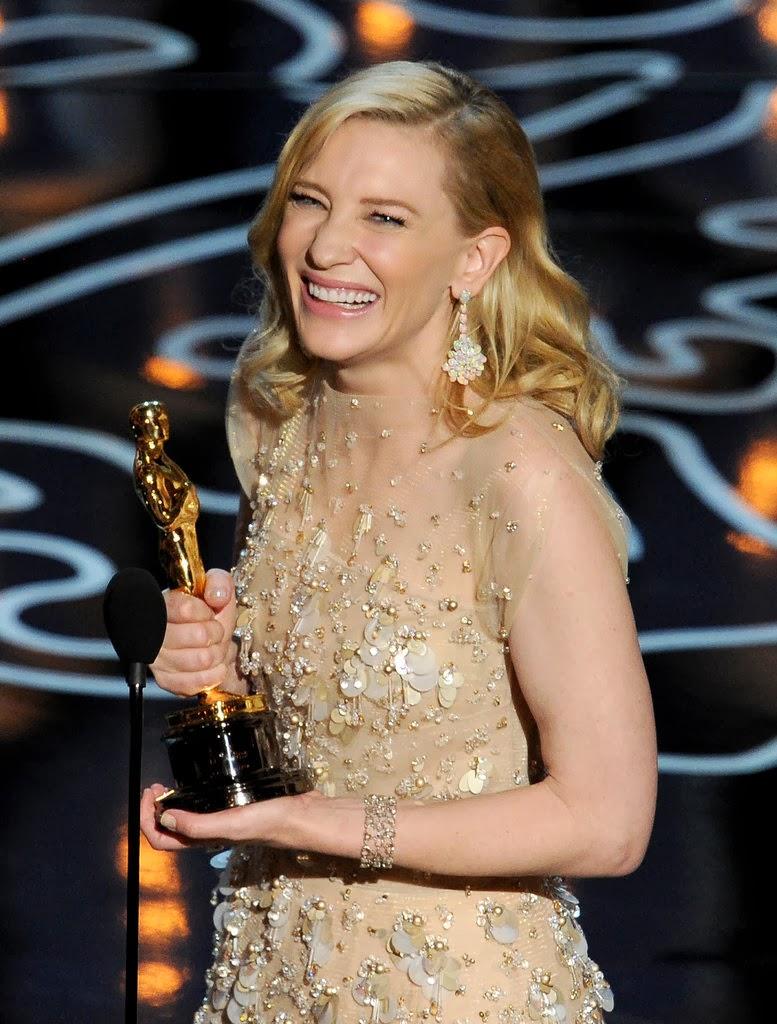 http://media2.onsugar.com/files/2014/03/02/266/n/1922398/8508ffd5e7520b86_476297137_10.jpg.xxxlarge/i/Cate-Blanchett-Oscars-2014.jpg