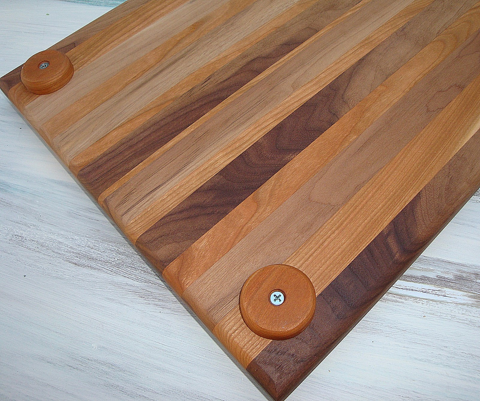 Nagevoce eco finished furniture tb exotic wooden cutting