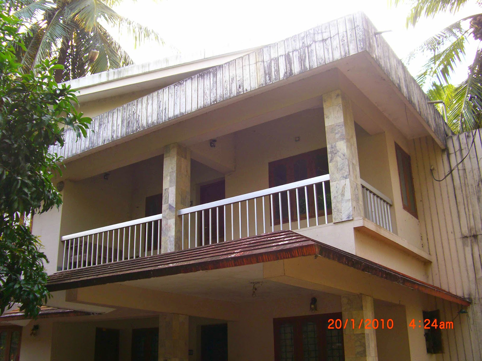 House renovation idea kerala home design and floor plans for Renovation ideas for small homes in india