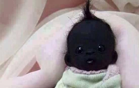 2 Foto Bayi Paling Hitam Di Dunia Jadi Viral