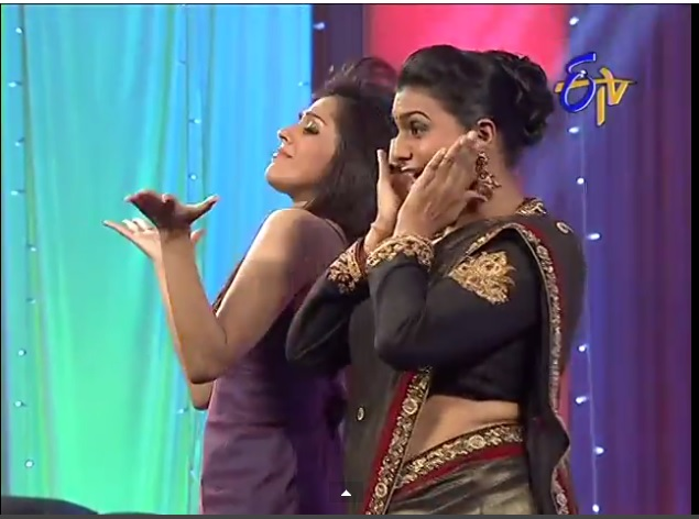 Roja hip folds in jabardasth comedy show