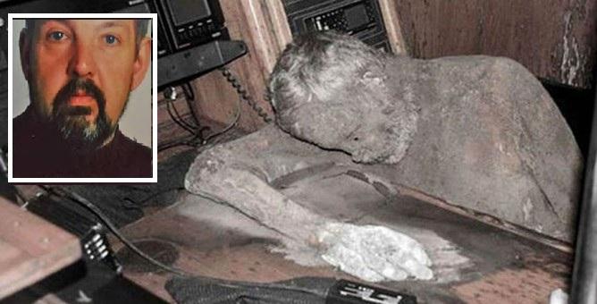 Το γιοτ του τρόμου: Περιπλανιόταν με το νεκρό καπετάνιο του «στο πηδάλιο» για χρόνια (video)