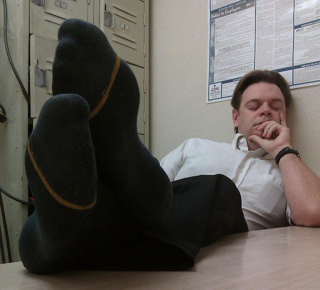 Shoeless Men Men In Socks December 2 2012