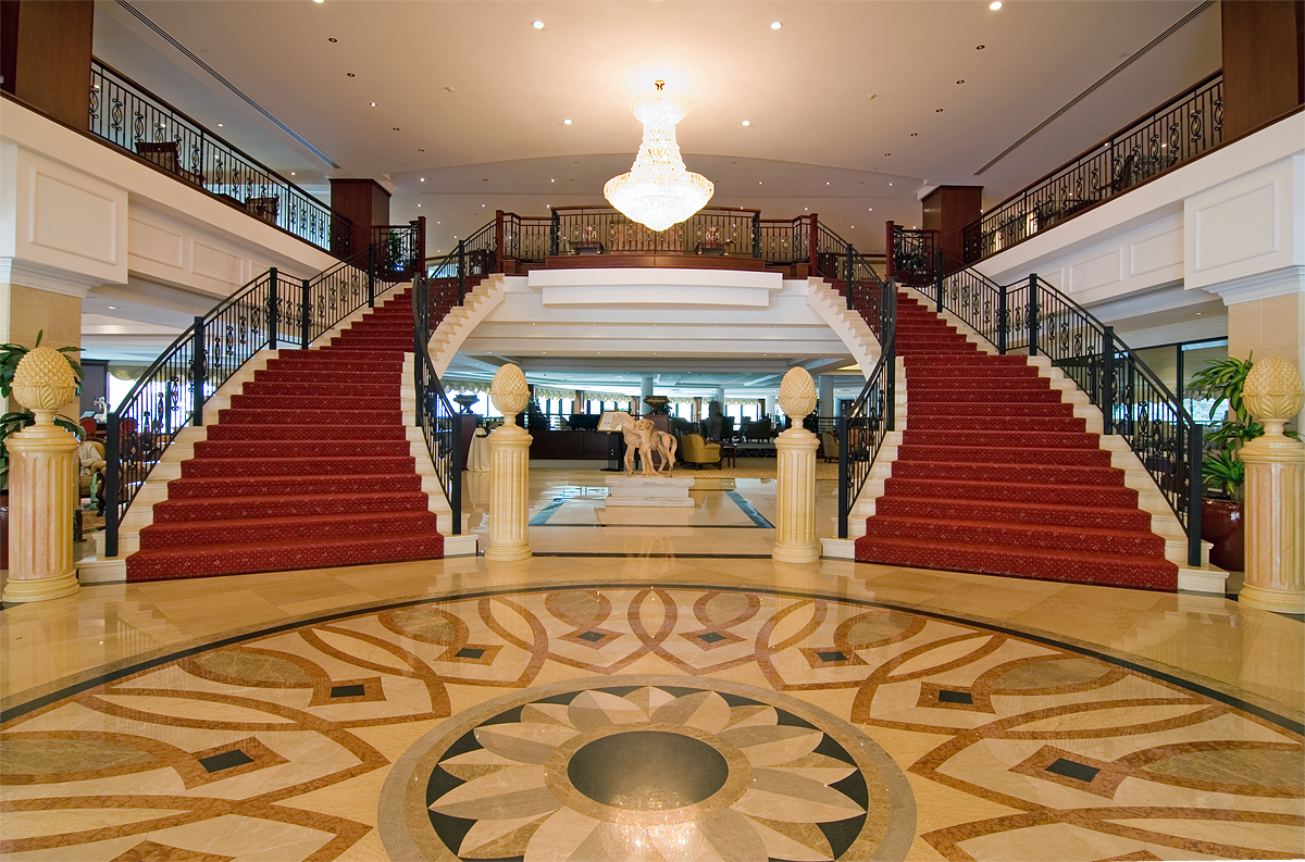 5 star hotel lobby layout