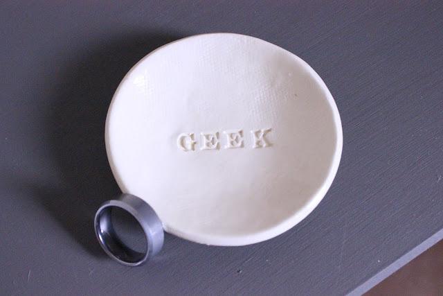 Geek ring dish