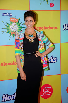 Deepika Padukone at 'Kids Choice Award 2013'