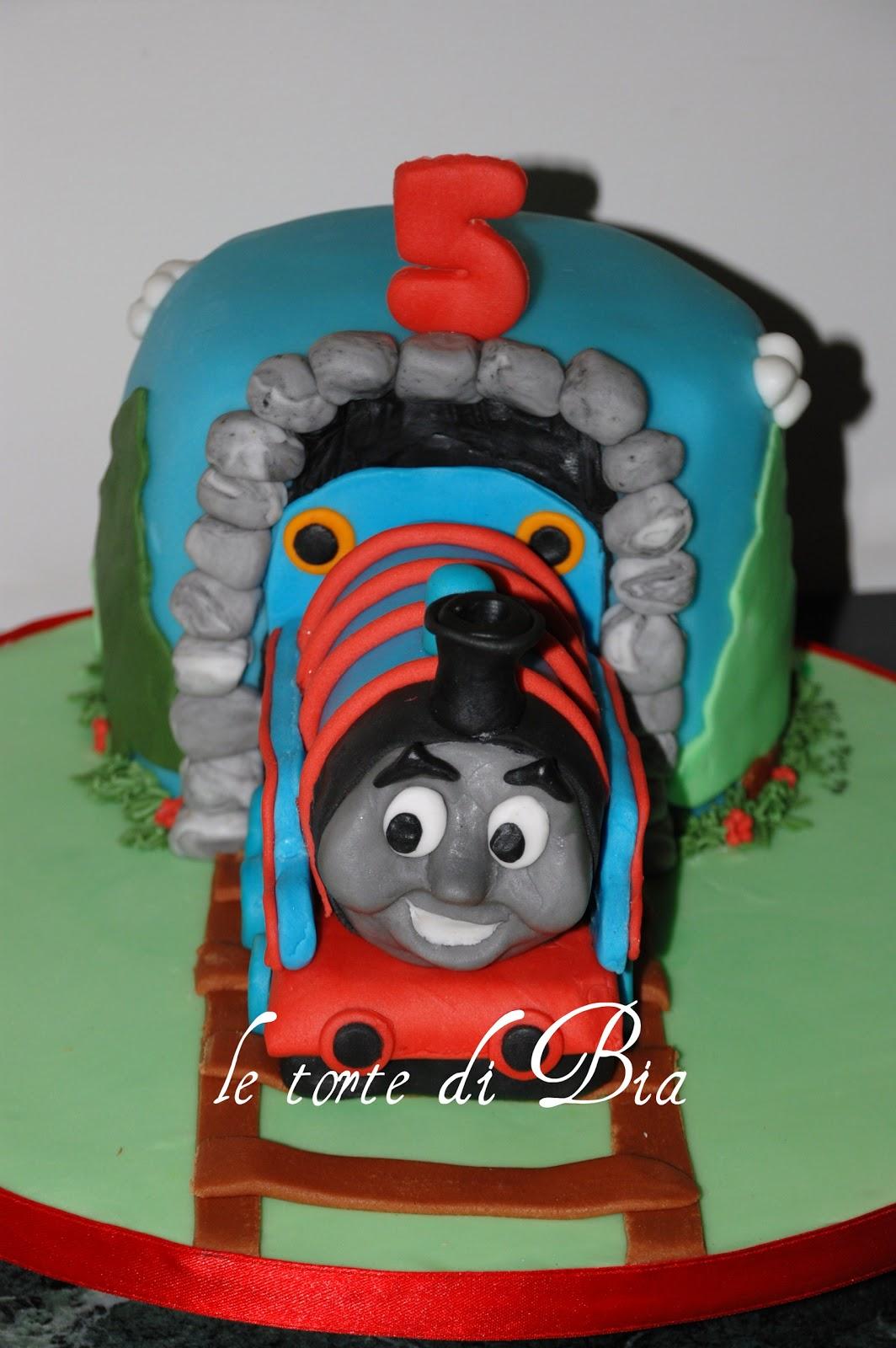 Bia cake design: Il trenino Thomas... tutto per Tommaso!