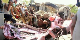 Foto-foto rekaman kecelakaan suramadu ful lengkap