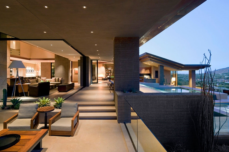 Open terrace in modern Dream home in the desert, Paradise Valley