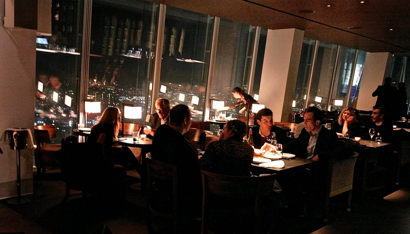 The london foodie oblix at the shard for Restaurants at the shard