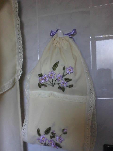 Cortinas De Baño Bordadas A Maquina:Mom manualidades: cortinas de baño bordadas