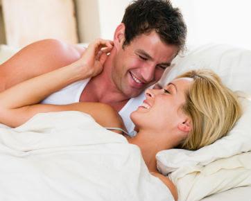 Rutin Bercinta Dengan Pasangan Bisa Tingkatkan Kinerja Di Kantor [ www.BlogApaAja.com ]