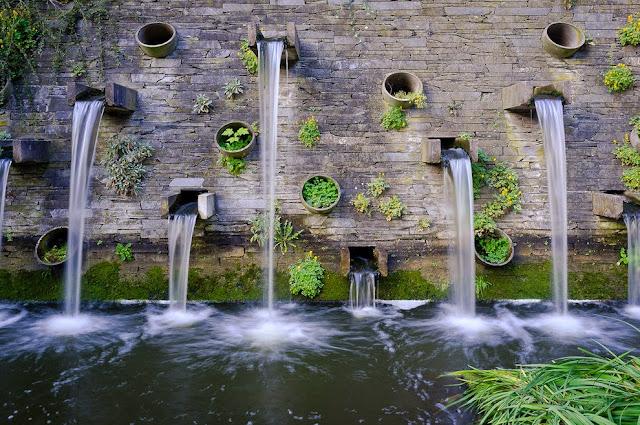 Wasserfall, Planten un Blomen