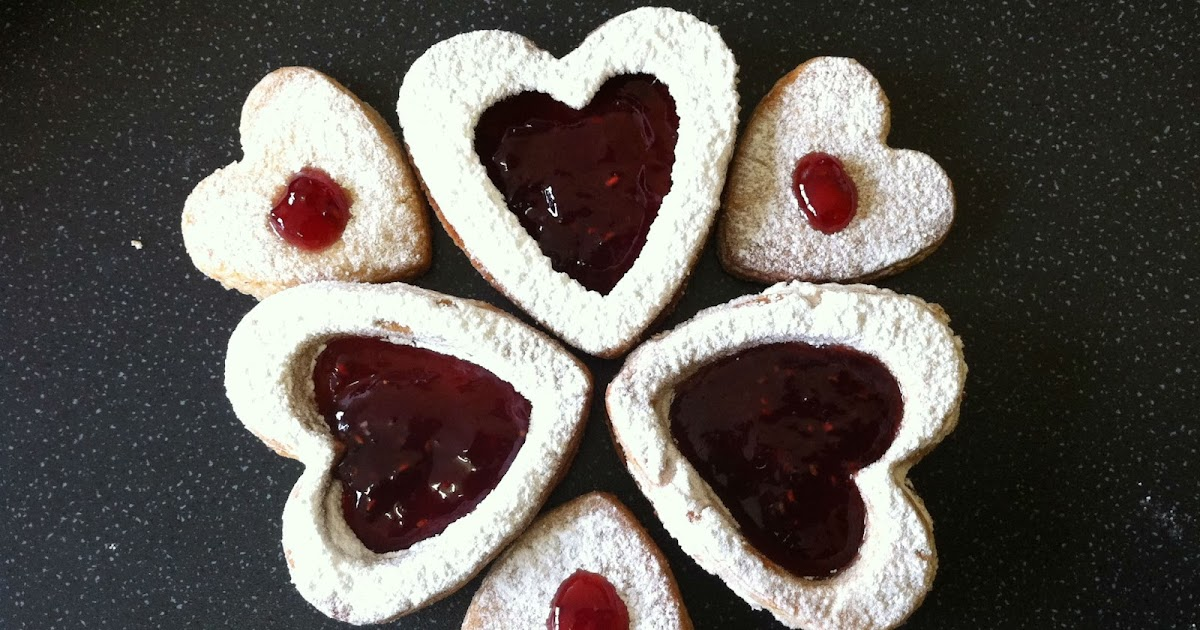 ... KITCHEN: Valentine Treat|Linzer cookies|Whole-Wheat Almond Cookies