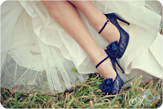 http://www.posheventplanning.com/2012/03/fashion-friday-blue-shoes.html