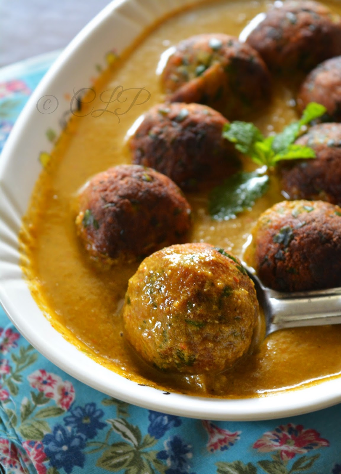 Aloo Palak Kofta curry