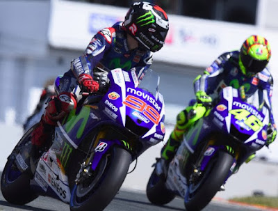 Ada Marquez di Depan, Rossi Hanya Ingin Battle dengan Lorenzo