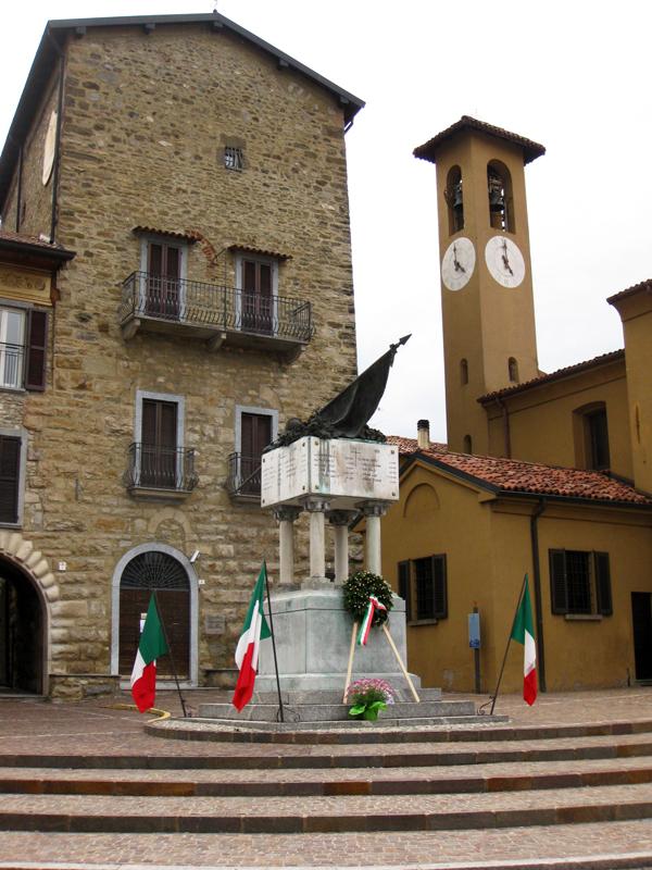 Artecarlacolombo mercatino dell 39 39 antico di imbersago - Mercatino imbersago ...