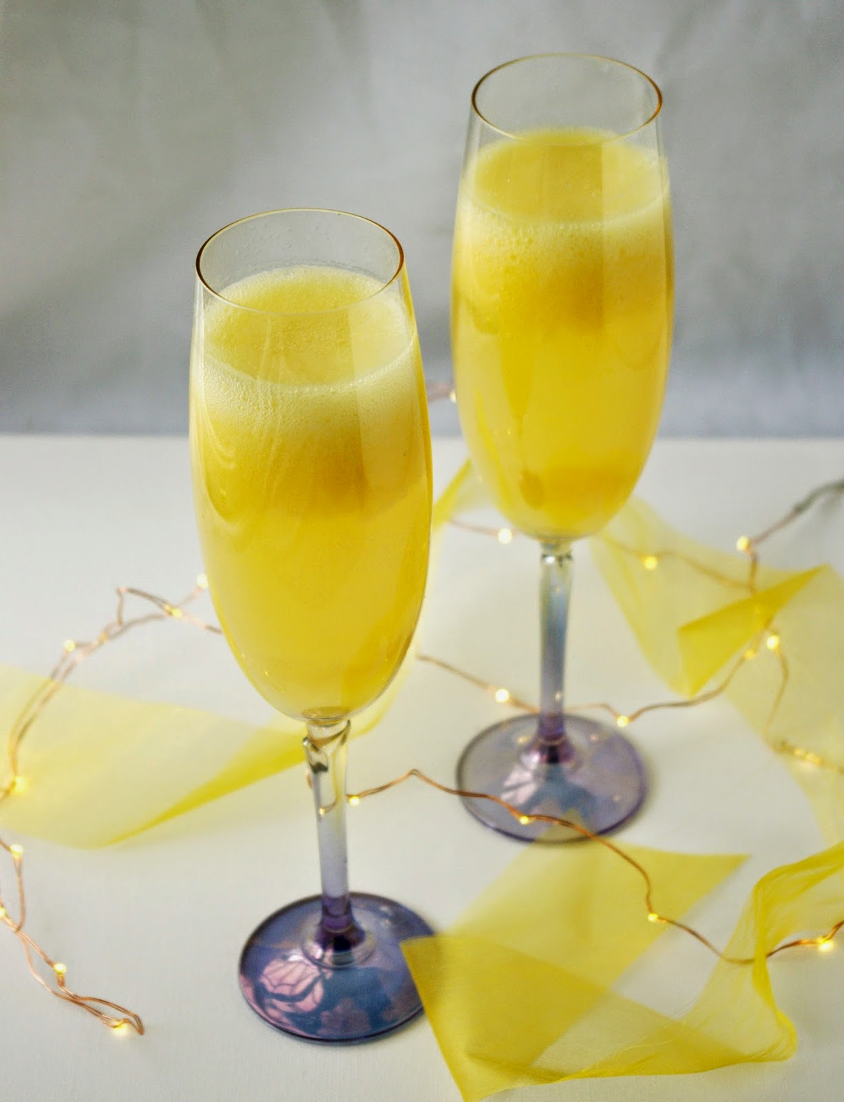 the nOATbook: Mango Bellini to Toast the New Year