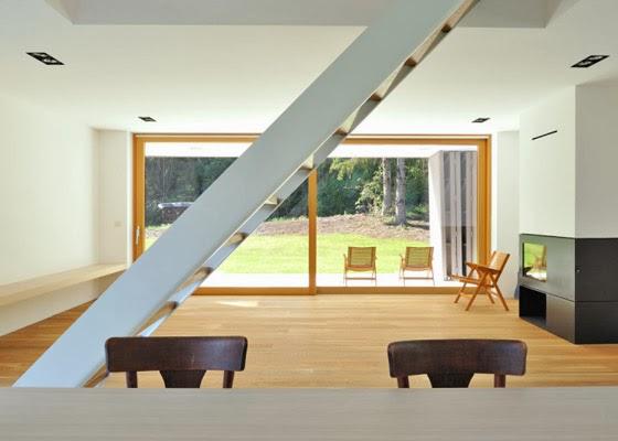 foto tipe rumah minimalis yang sederhana di pedesaan oleh