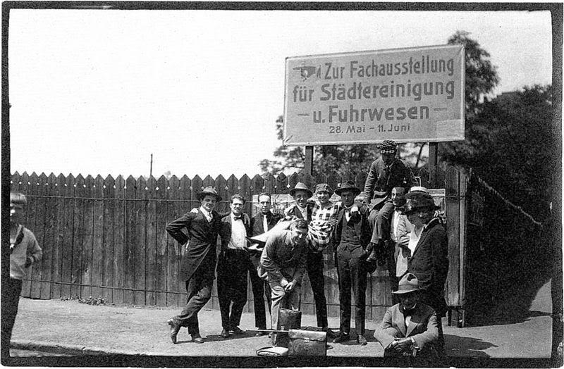 CONGRESSO INTERNACIONAL DOS ARTISTAS PROGRESSISTAS (Dusseldorf, 29-31 de maio, 1922).