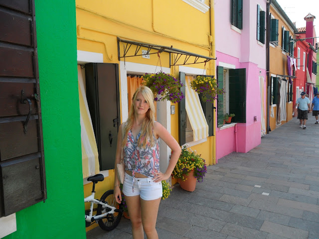 Traveldiary Burano TheBlondeLion Travelguide