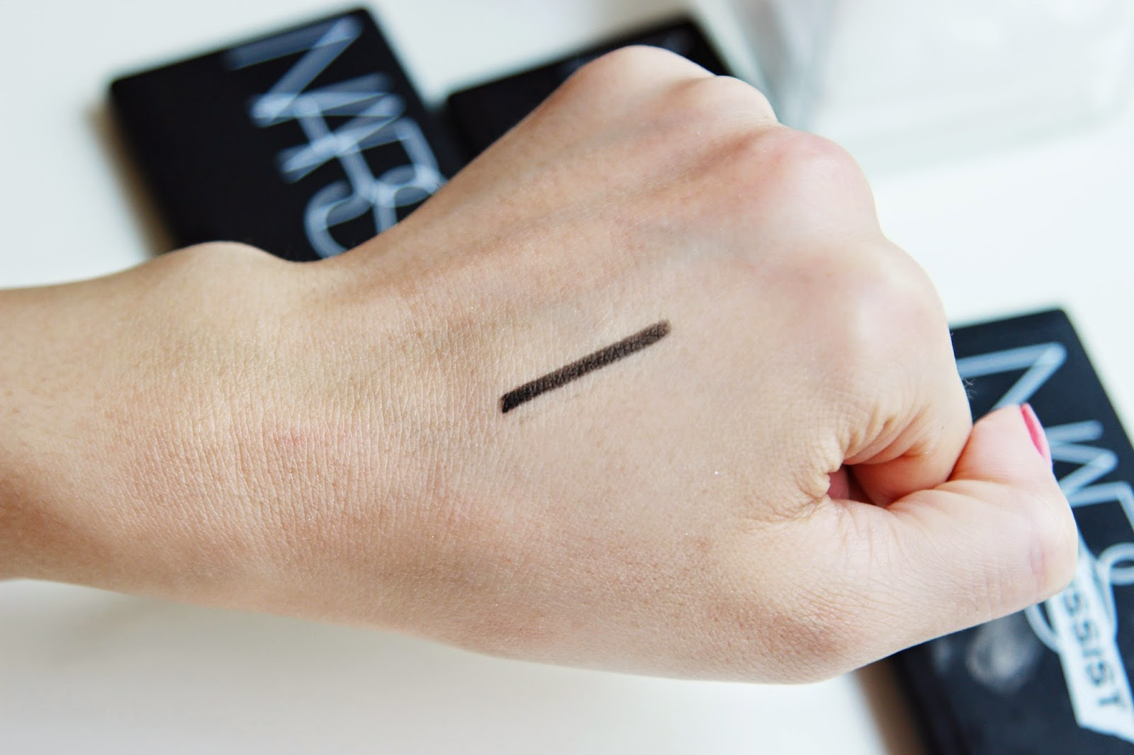 NARS Larger than Life Eyeliner Swatch
