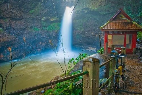Wisata Curug Dago Bandung