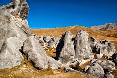 Pesona Batu Kapur Castle Hill, Selandia Baru