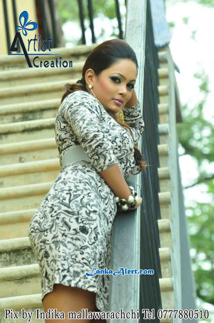 Srilankan Hot and Sexy Actress Menaka Peries