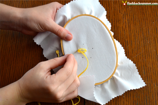 Flashback Summer: How to embroider lazy daisies - sew flowers