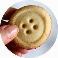http://www.yammiesnoshery.com/2011/12/butter-button-cookies.html