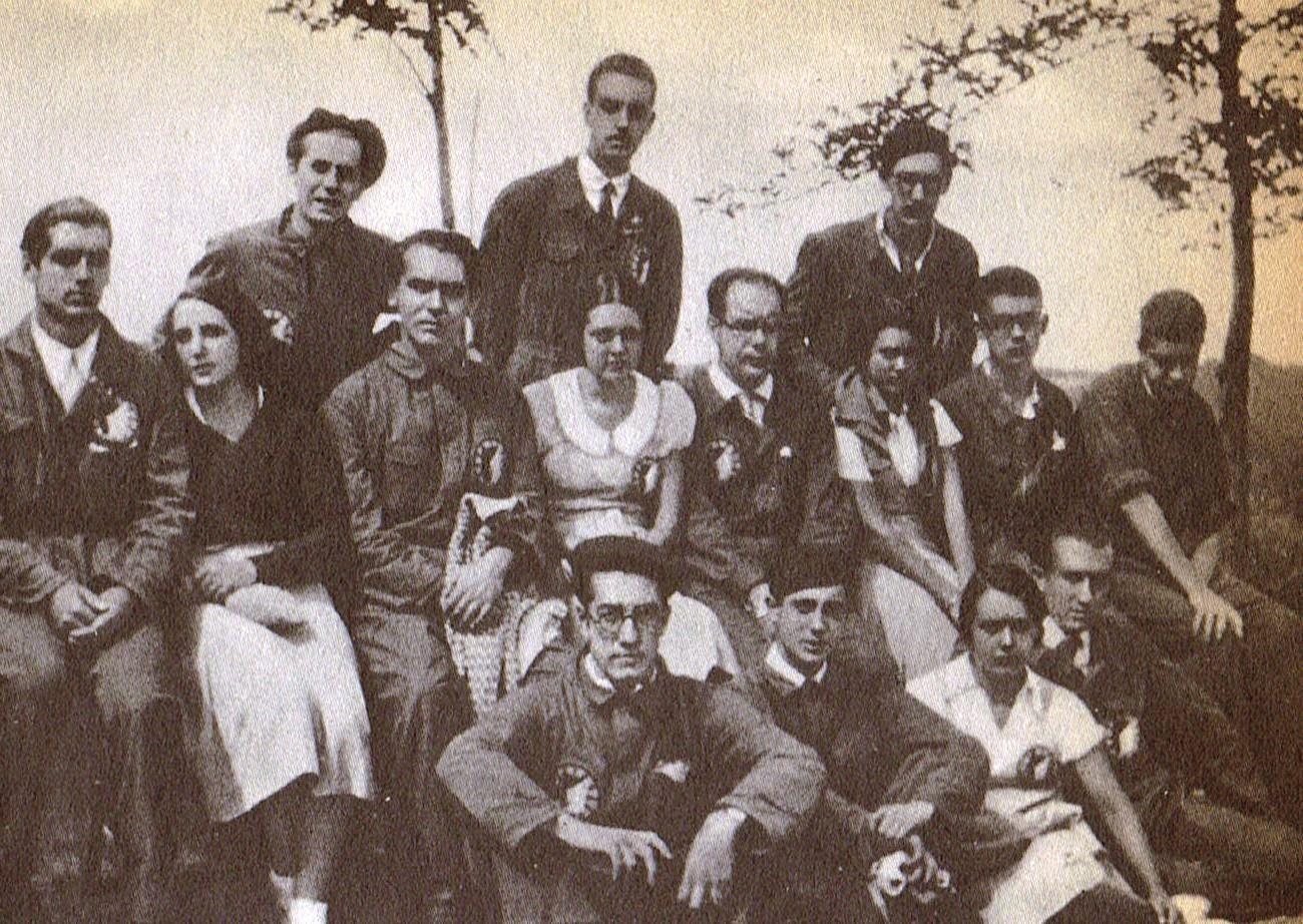 Lorca y el grupo de actores y actrices de La Barraca en Galicia