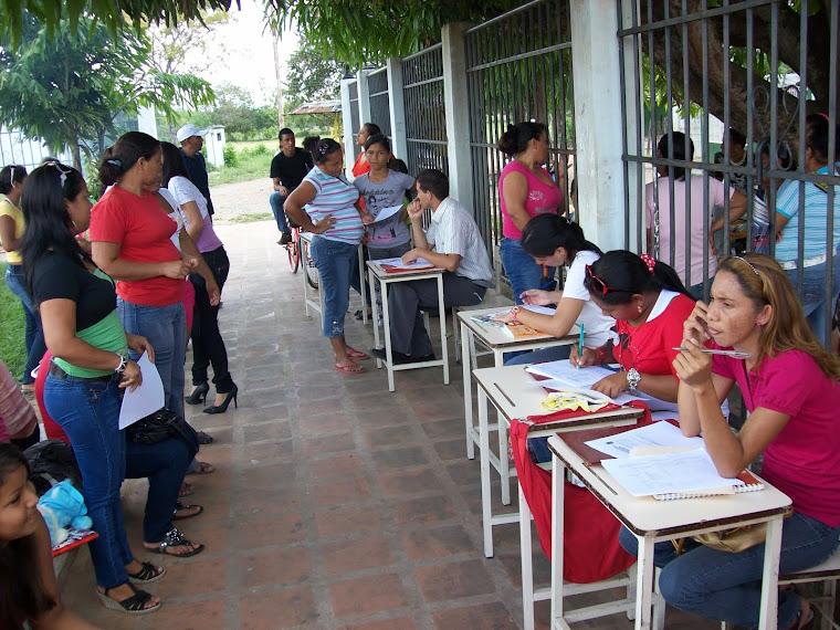 ENTREGA DE BOLETINES DE PRIMER LAPSO: UNA GRAN FIESTA NAVIDEÑA