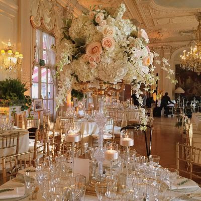 floral centerpiece at rosecliff mansion