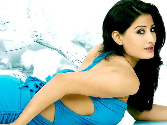 Anjumman Mughal Sexy Actoress