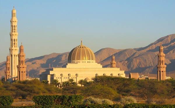 http://www.just4rt.com/2013/05/ada-masjid-di-homepage-twitter.html